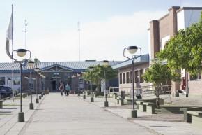 Corredor de entrada de la Universidad